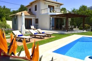 facilities lefkada villa almond pool area